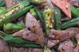 pic of okras  - Stir fried pork liver with okra - JPG