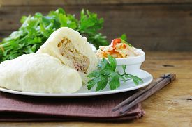 picture of kimchi  - Korean steam meat pies  - JPG