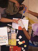 Extracción de sangre para la prueba de tipo de sangre