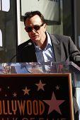 Los Angeles, ca feb 14: Hank Azaria in einer Zeremonie als matt Groening erhält einen Stern auf der Hollywoo