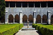 Jardim no Mosteiro da Batalha, Portugal