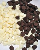 White and dark chocolate chips