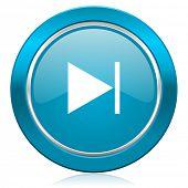 next blue icon