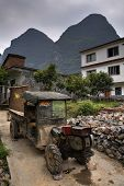 picture of farmhouse  - Yangshuo Guangxi China  - JPG