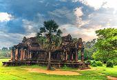 Постер, плакат: Angkor Wat A Giant Hindu Temple Complex In Cambodia