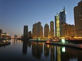 Dubai encantadora noite