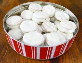 white chocolate covered peanut butter crackers
