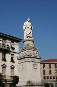 Alessandro Volta Statue