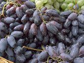 photo many grapes