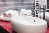 Modern Oval Sink In Bathroom