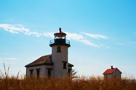 pic of mauri  - Point Robinson lighthouse on Maury Island, WA, was commisioned as a fog signal station on July 1, 1885.  - JPG