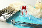 picture of prosthesis  - White fake teeth - JPG