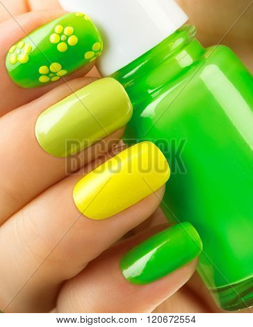 Spring Green Manicure Fresh Nature Trendy Nails Beautiful Nail Polish With Grass