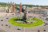 Plaça Espanya em Barcelona e o Palácio Nacional