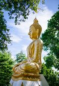 picture of sanctification  - A big golden statue of Buddha sleeping - JPG