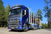 FH16 Volvo Ocean Race Limited Edition Truck For Timber Haul