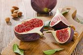 Fresh Figs With Nuts