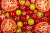 foto of plum tomato  - A selection of different types of fresh tomatoes - JPG