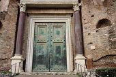 Romulus Tempel in Rom