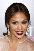 LOS ANGELES - MAY 14:  Jennifer Lopez arrives at the
