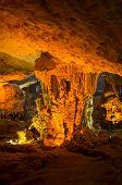 Hang Sung Sot Grotto (Cave of Surprises), Halong Bay, Vietnam