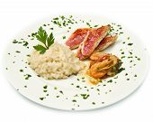 Arroz com salmonete filés e frutos do mar