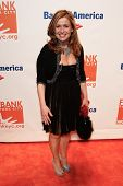 NEW YORK-APR 9: Food personality Marisa May attends the Food Bank for New York City's Can Do Awards