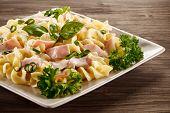 picture of carbonara  - Pasta carbonara and vegetables - JPG