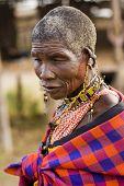 alte Masai Frau