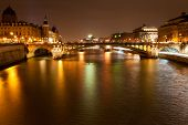 Nacht Panorama der Seineufer In Paris