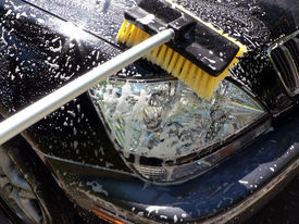 picture of car wash  - car wash day front end cleaning of my 2002 lexus 300rx suv - JPG