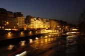 Sena river paris at night