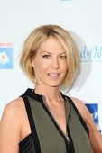 LOS ANGELES - APR 27:  Jenna Elfman at the Milk + Bookies Story Time Celebration at Skirball Center