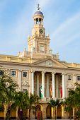 Das Rathaus von Cadiz, Spanien