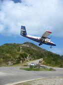 Dramatic Winair plane landing at St Barths airport