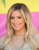 LOS ANGELES - MARCH 23:  Ashley Tisdale arrives to the Kid's Choice Awards 2013  on March 23, 2013 i
