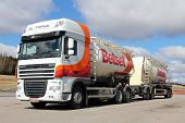 Daf Xf 105.460 Bulk Truck And Trailer