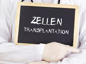 Doctor Shows Information: Cell Transplantation In German