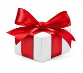 pic of ribbon bow  - Gift box with red ribbon and bow isolated on white - JPG