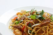 Stir-fried noodles , Chow mein , Chinese cuisine