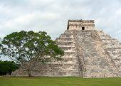 Pirámide de yucatan, mexico