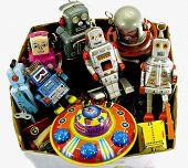 brinquedos de lata velhos