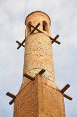 Manar Jomban o agitar minaretes en Isfahán