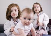 Meninas brincando de médico