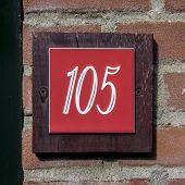 Nr. 105