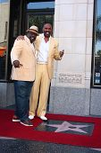 LOS ANGELES - MAY 13:  Cedric the Entertainer, Steve Harvey at the Steve Harvey Hollywood Walk of Fa