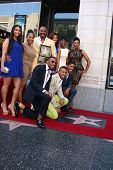 LOS ANGELES - MAY 13:  Steve Harvey, Family at the Steve Harvey Hollywood Walk of Fame Star Ceremony