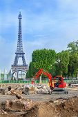 Construction works in front of the Champ de Mars and Eiffel Tower