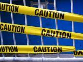 Постер, плакат: Желтое предупреждение ленты
