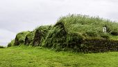 pic of iceland farm  - An old fashioned Icelandic house with a turf roof